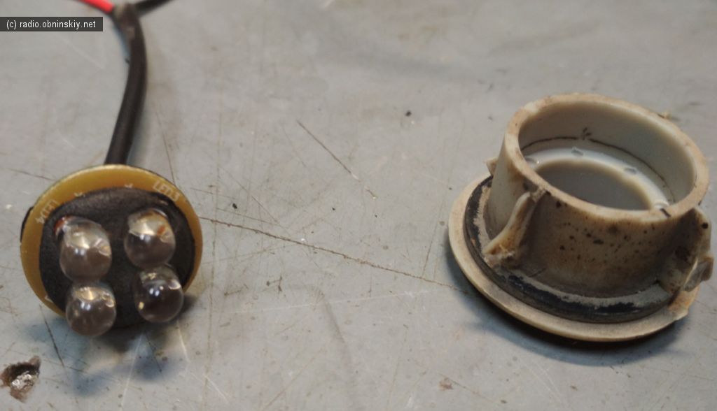 разбираем и ремонтируем фонарь порога от nissan ke5431ka32s1